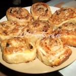 Куриные рулетики с грибами в тесте: рецепт с пошаговым фото