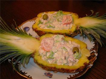 Салат золотая рыбка с крекерами