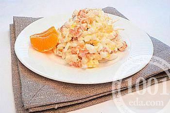 рецепт салата с кальмарами яйцом и горошком