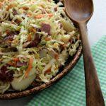 Салат из вареной говядины и капусты с картофелем