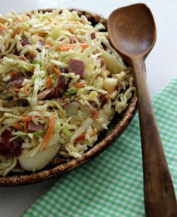 Как приготовить салат из вареной говядины и капусты с картофелем