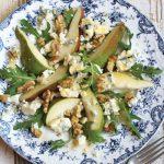 Салат с грушей под французской заправкой Винегрет