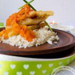Минтай под яблочно-ананасовым соусом для романтического ужина: рецепт с пошаговым фото