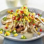 Салат с белыми сухариками и куриным филе