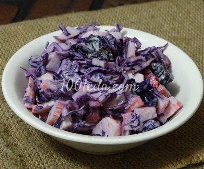Салат из крабовых палочек и красной капусты