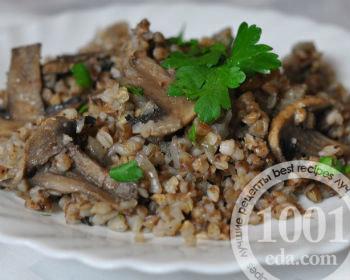 Гречневая каша с грибами и луком в мультиварке