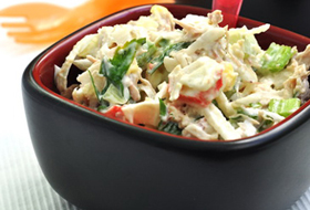 Салат из редиса с крабами