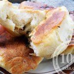 Пирожки с двумя видами начинки в мультиварке: рецепт с пошаговым фото