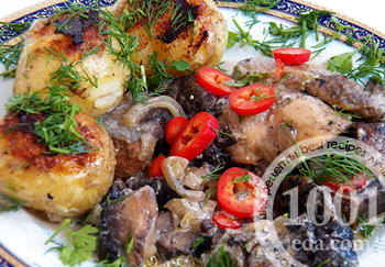 Рецепт курицы с полевыми грибами в сметанном соусе