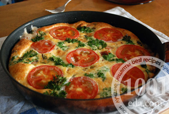Фритата с колбасой и помидорами
