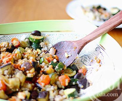 Салат из баклажан с гречкой на зиму