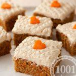 Морковный пирог с фундуком, бананом и финиками