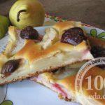 Медовый пирог с грушами и сливами на кефире: рецепт с пошаговым фото