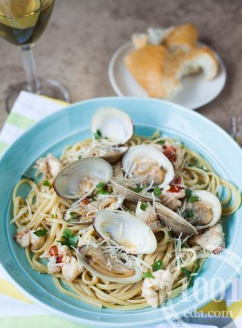 Как приготовить макароны с морепродуктами в сливочном соусе