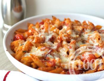 Макароны в духовке с помидорами