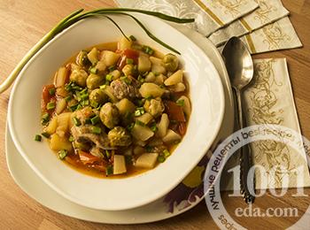 Пошаговый рецепт тушеной картошки с мясом и брюссельской капустой
