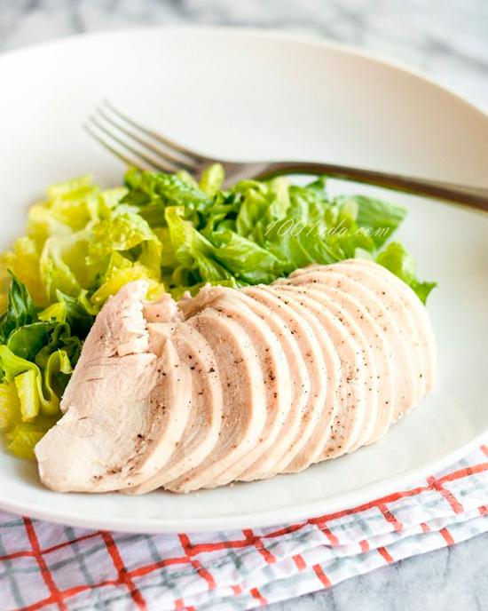 Вареная грудка для салата