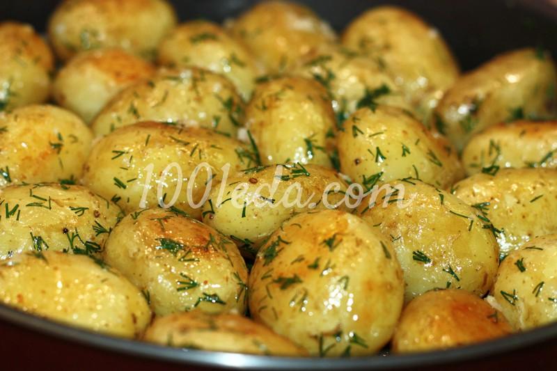 Картошка в духовке со сметаной и чесноком