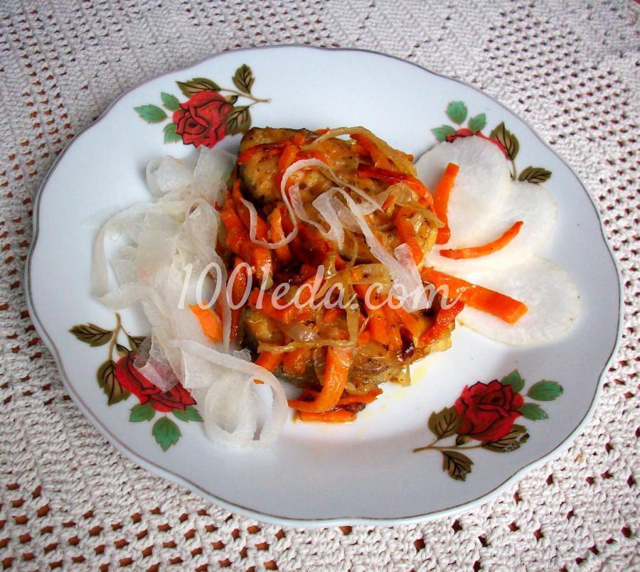 как потушить горбушу на сковороде с луком и морковью