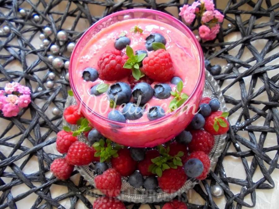 Быстрый десерт с ягодами