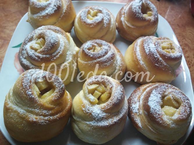 Сладкие дрожжевые булочки в духовке и 15 похожих