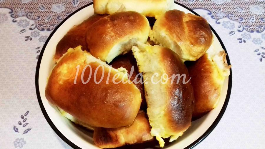 Пушистые дрожжевые пирожки с тыквой