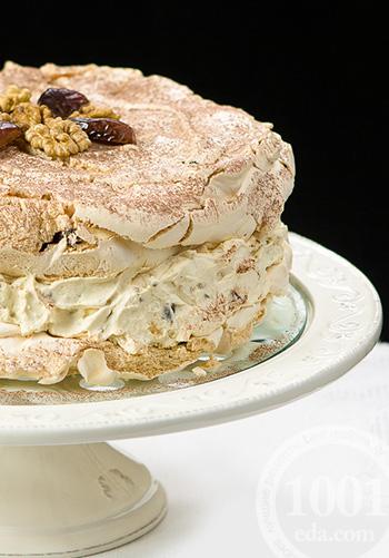 Торт миндальный Дакуаз