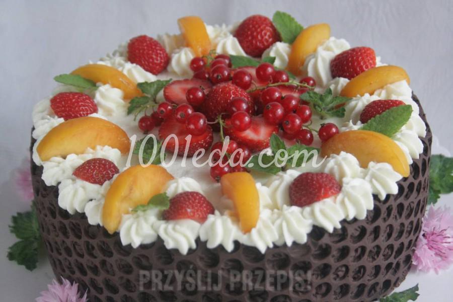 Фруктовый торт с шоколадом