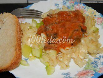 Запеканка из макарон с кабачком и килькой в томатной пасте