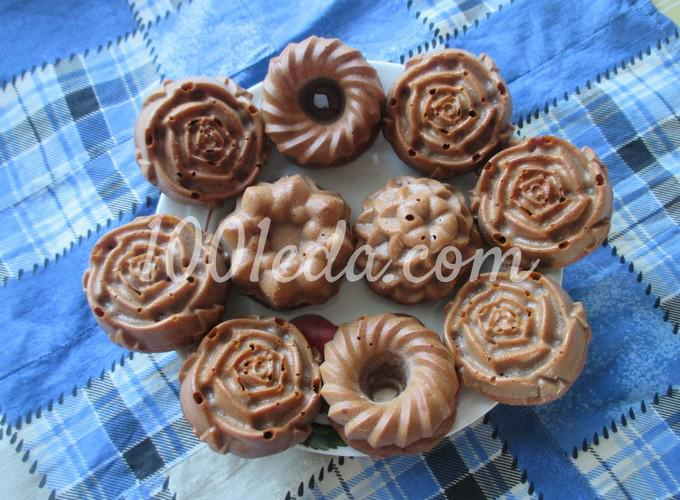 Маленькие пироги с бананом и клубникой: рецепт с пошаговым фото