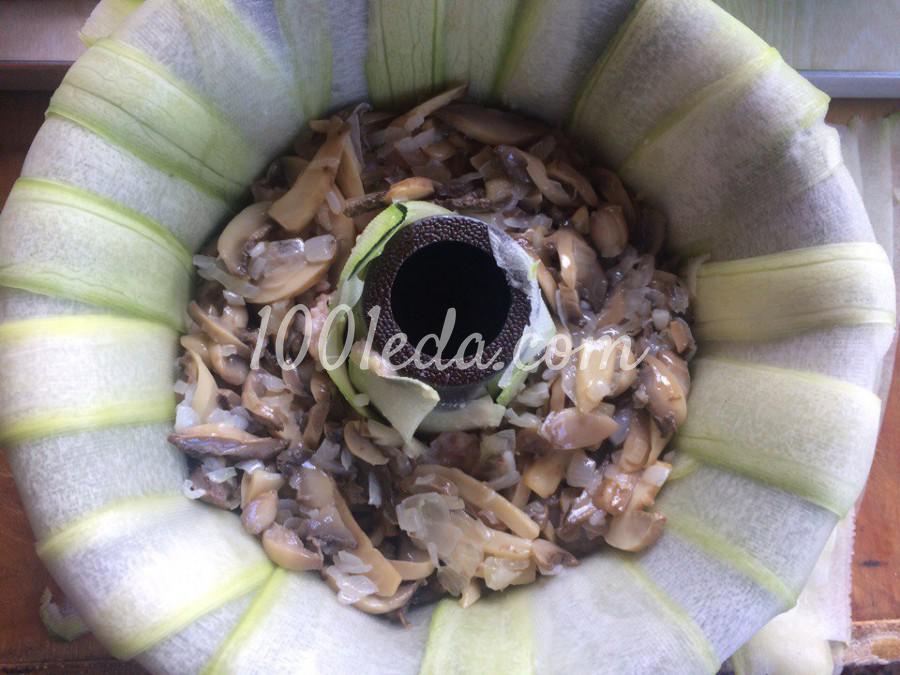 Кабачковое кольцо с фаршем и грибами: пошаговое фото - Шаг №3