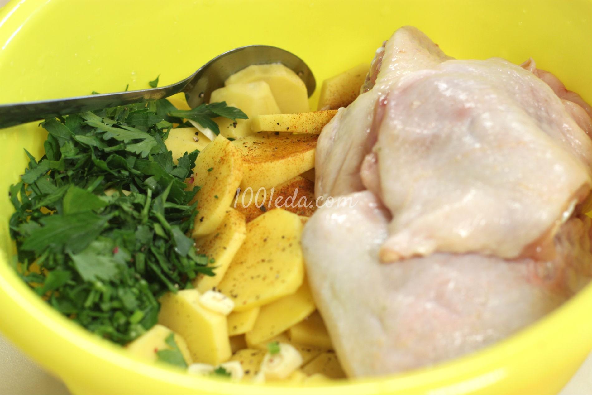 Картофель с куриными бедрами, запеченные в мультиварке: рецепт с пошаговым фото - Шаг №1