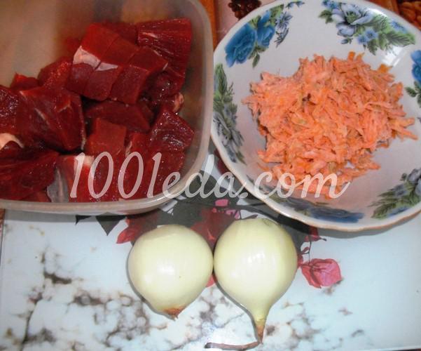 Картошка тушеная с мясом и грибами в мультиварке на скорую руку