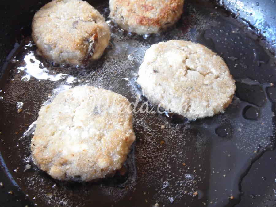 Котлеты из баклажанов с адыгейским сыром: рецепт с пошаговым фото - Шаг №6