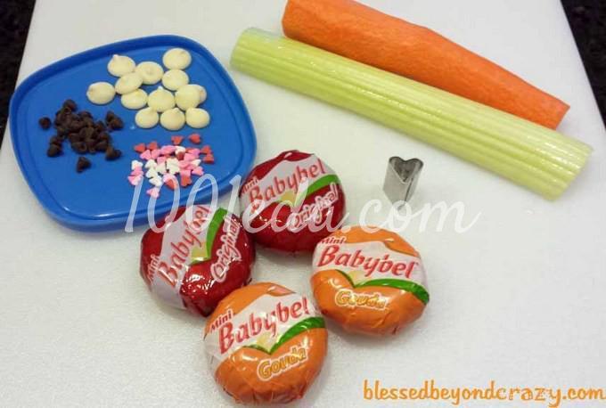 Кролики из сыра Бэбибэл: рецепт с пошаговым фото - Шаг №1