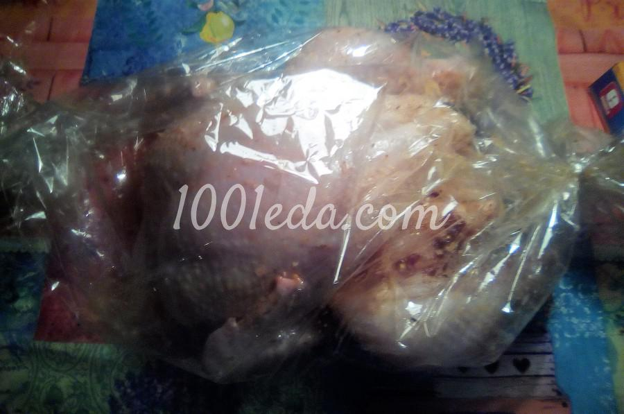 Курица, запечённая целиком в рукаве в духовке: пошаговое фото - Шаг №3