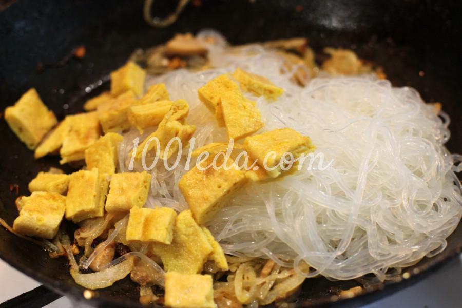 Лапша в азиатском стиле с омлетом и грибами: пошагово с фото - Шаг №8