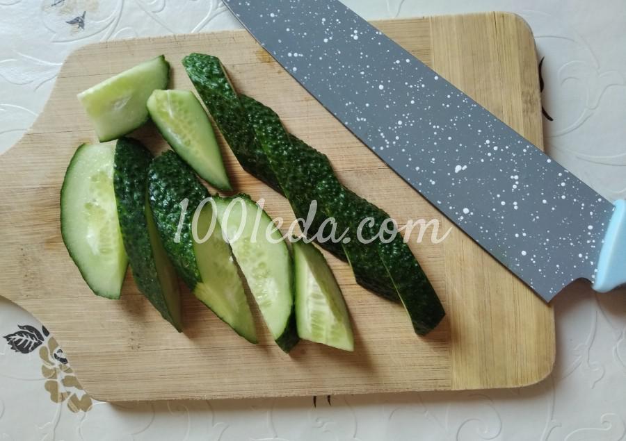 Летний салат из свежих огурцов «Пальчики оближешь!»: пошаговый с фото - Шаг №1