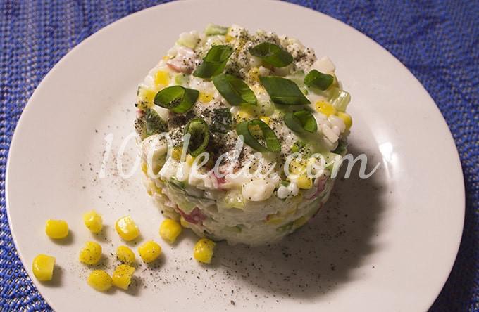 Салат с крабовыми палочками, консервированной кукурузой и свежим огурцом: пошагово с фото - Шаг №11