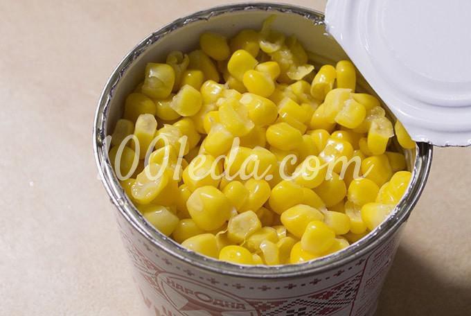 Салат с крабовыми палочками, консервированной кукурузой и свежим огурцом: пошагово с фото - Шаг №7
