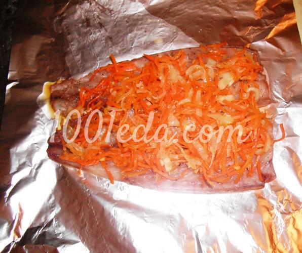 Скумбрия, фаршированная овощами и запеченная в фольге: рецепт с пошаговым фото - Шаг №4