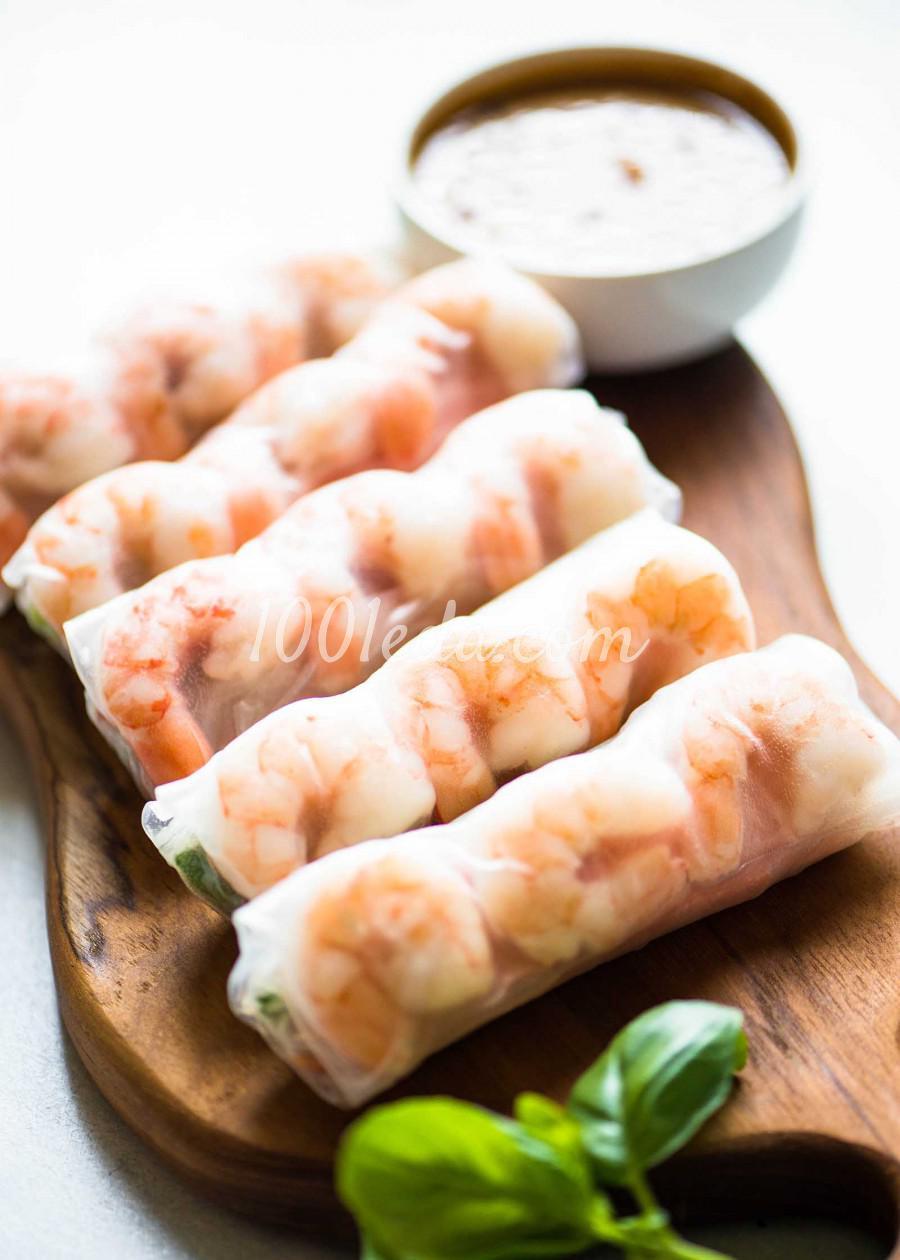 Спринг-роллы с креветками в арахисовом соусе