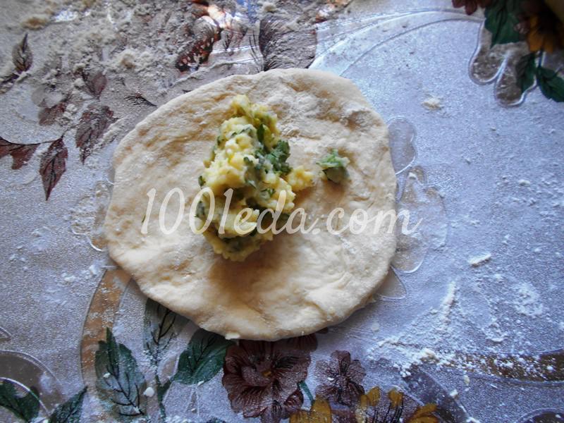 Тонкие пирожки с картофельным пюре на постном тесте: пошаговое фото - Шаг №3