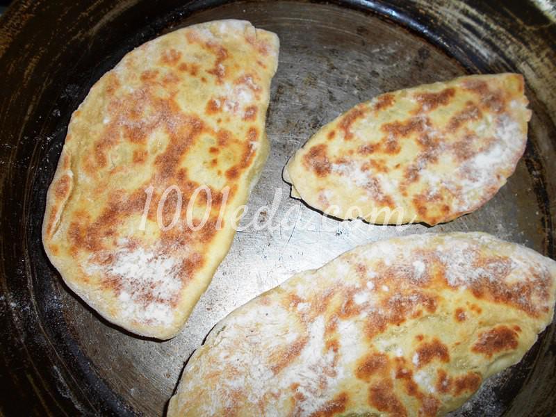 Тонкие пирожки с картофельным пюре на постном тесте: пошаговое фото - Шаг №6