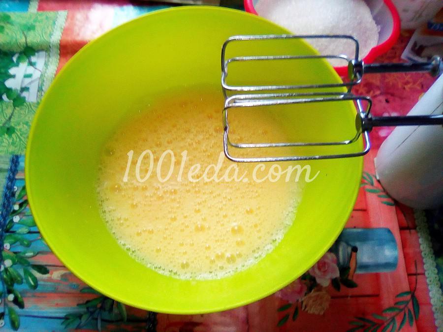 Ванильный бисквит на кипятке: пошаговый с фото - Шаг №2