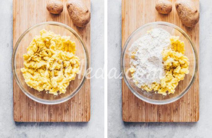 Веганская картофельная лапша с квашеной капустой и грибами - Шаг №2