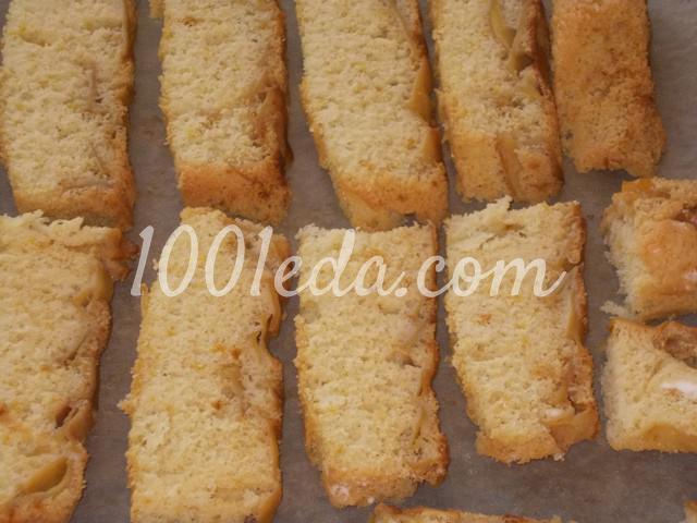 Вкусные домашние сухарики Непропадайки из бисквитного пирога: пошаговый с фото - Шаг №4