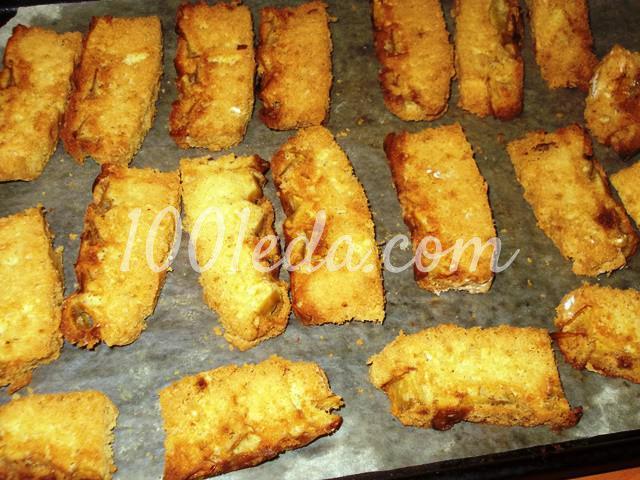 Вкусные домашние сухарики Непропадайки из бисквитного пирога: пошаговый с фото - Шаг №5