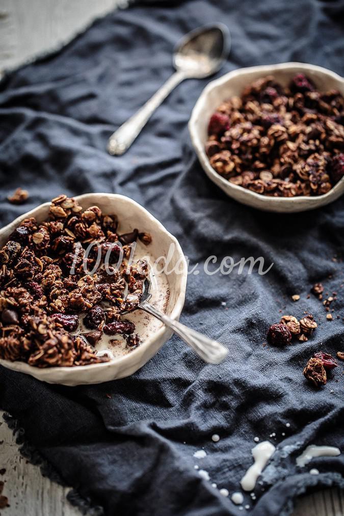 Гранола на завтрак с нутеллой и клюквой