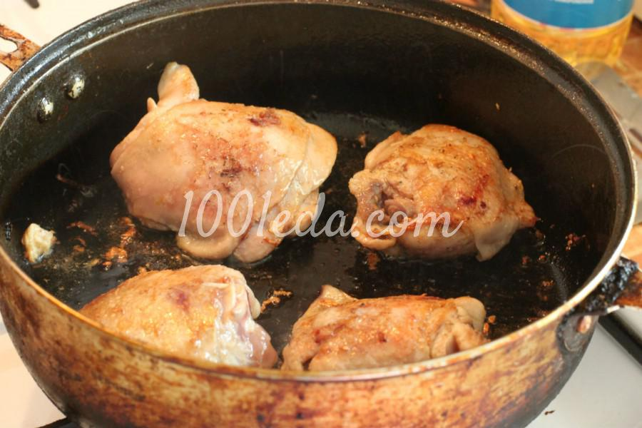 Гречневая каша с морковью и куриными бедрами в духовке: рецепт с пошаговым фото - Шаг №1
